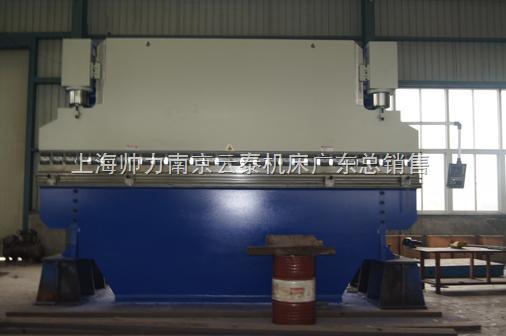 WC67K-400T/6000 MD320数控液压板料折弯机