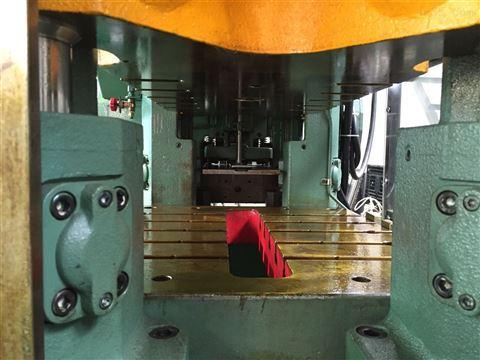 自动冲床,双塔机械专营进口原装二鸿利注册送88床